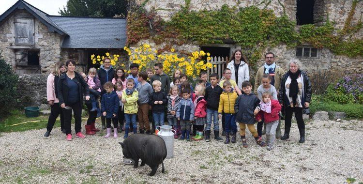 Les écoles à la Ferme au Village